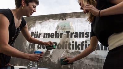 Bundesrat hat Angst, dass weniger Geld fliesst: Politfinanzierung soll geheim bleiben