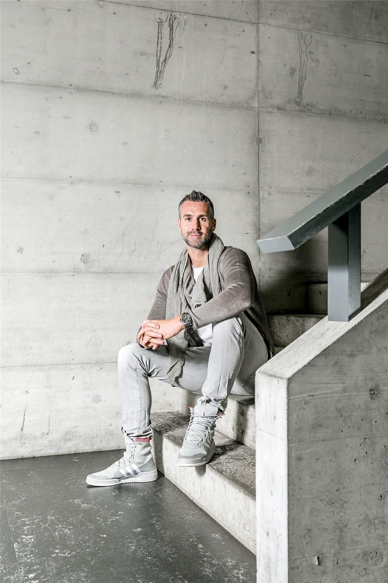 Er sei zu gross für Profifussball, sagten Maierhofers Jugendtrainer. Er schaffte es bis zu Bayern München.