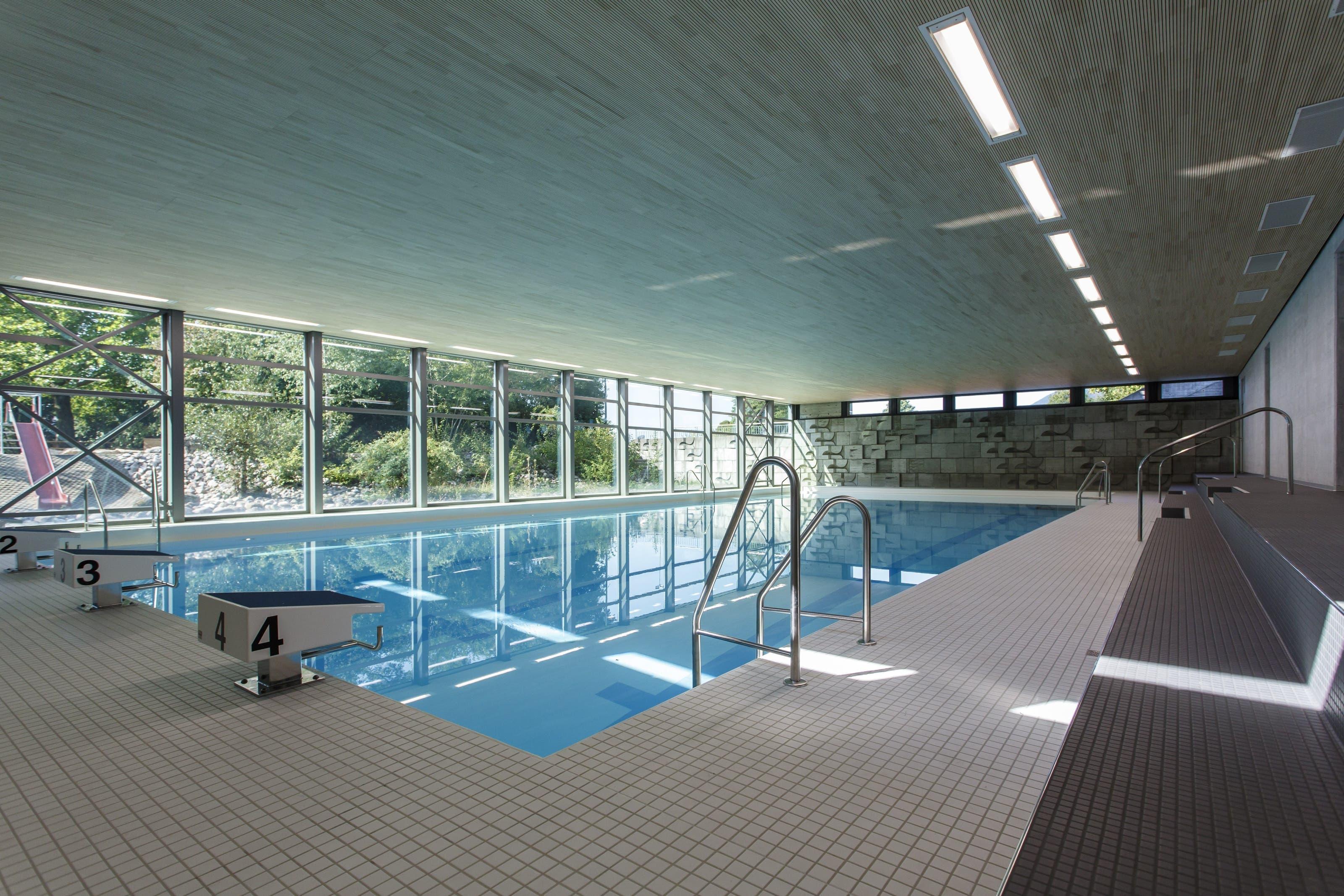 Die renovierte Schwimmhalle