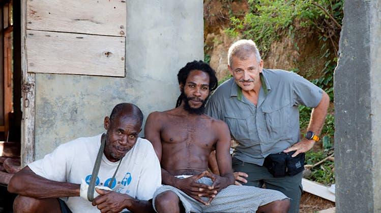 Wie ein Aargauer aus den Sturmschäden von Burglind neue Häuser in der Karibik baut