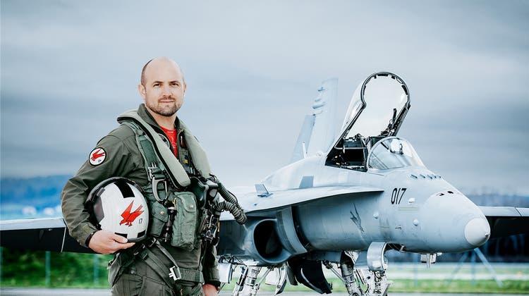 Vorführung über Grenchen: Wenn der F/A-18 über den Flughafen donnert, wird es laut