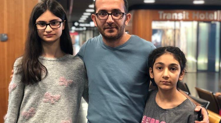 Nach sieben Wochen im Flughafen-Terminal: Kurdische Familie kann wieder frische Luft schnuppern
