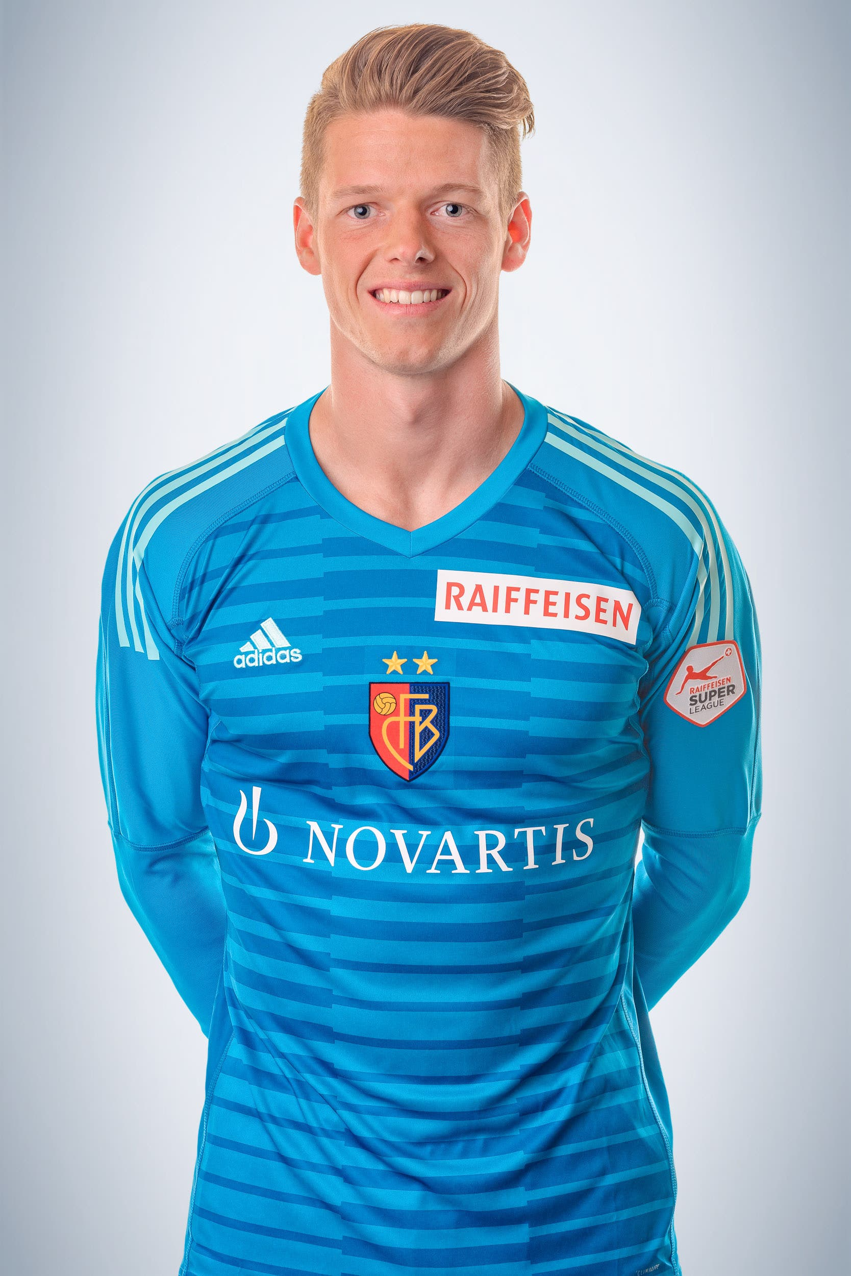 Jonas Omlin: Note 5 Hält in der 14. Minute den Penalty von Thun-Angreifer Marvin Spielmann. Dennoch muss er vier Mal hinter sich greifen. Schuld ist er an keinem der Gegentreffer.
