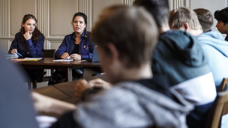 Junge und Ausländer sollen in Zürich mehr mitbestimmen können