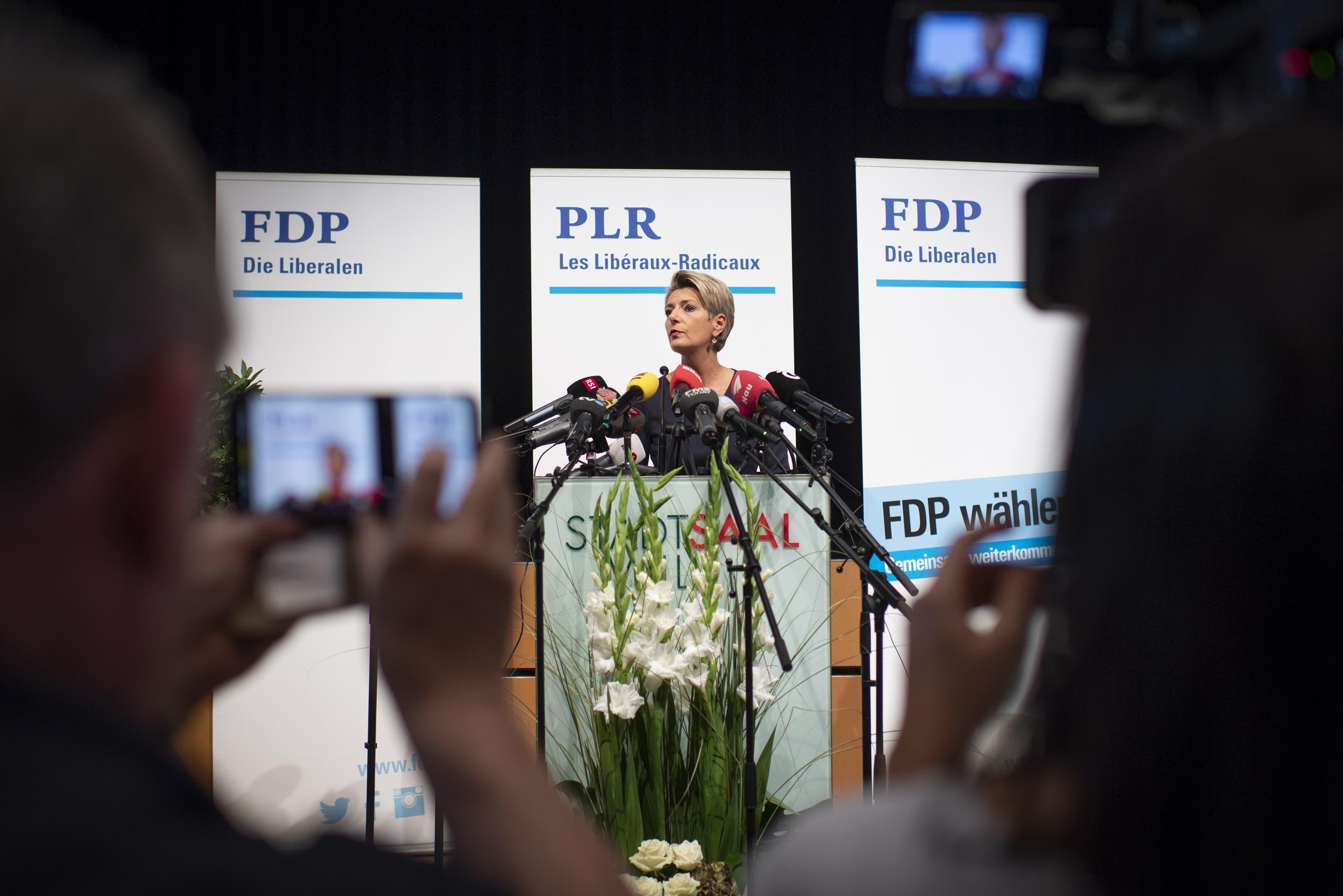 """Nach reiflicher Überlegung habe sie sich für eine Kandidatur entschieden. """"Es wäre mir eine grosse Ehre und Freude, mich für unser Land in dieser verantwortungsvollen Position einzusetzen."""""""
