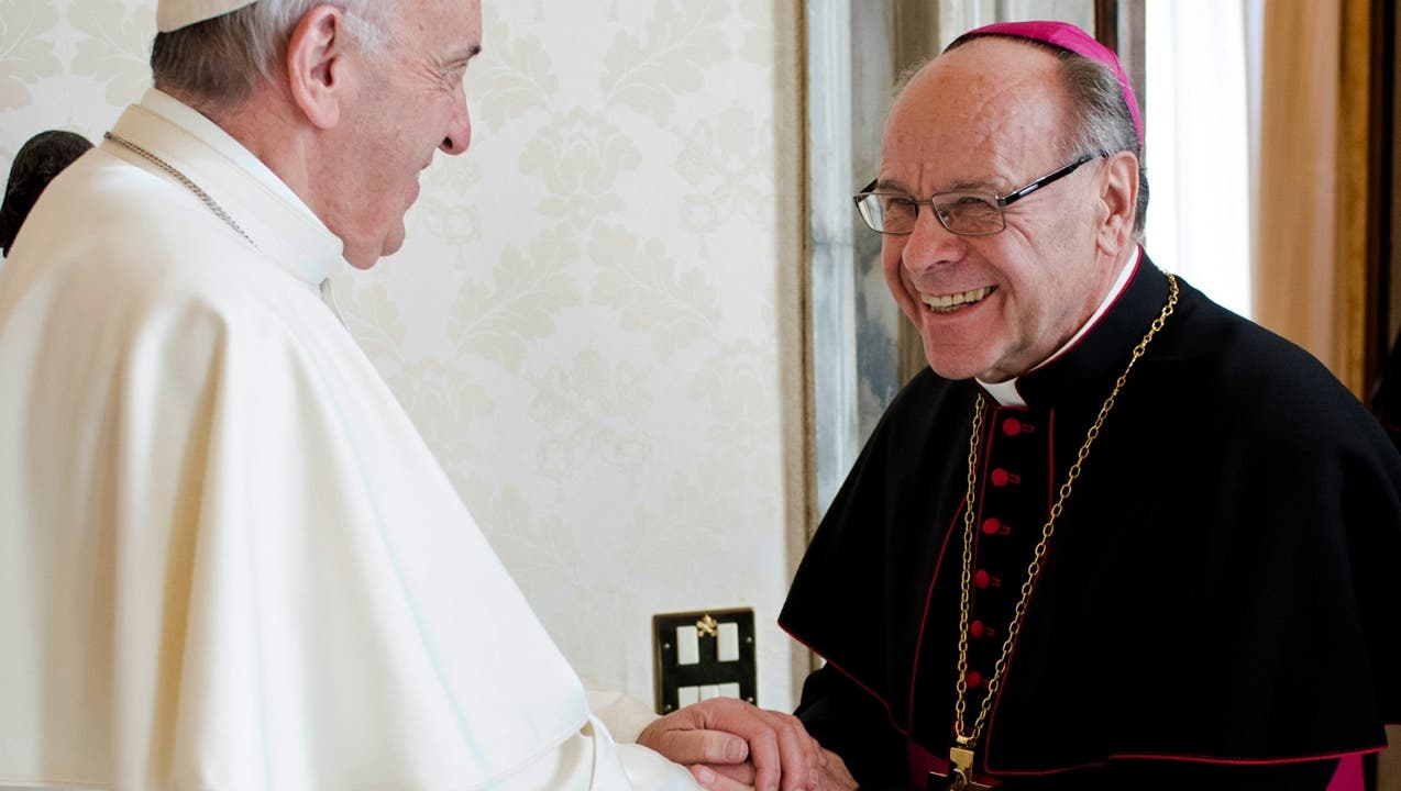 Bischof Huonder sorgt sich um Religionsfreiheit: Werden Christen diskriminiert?