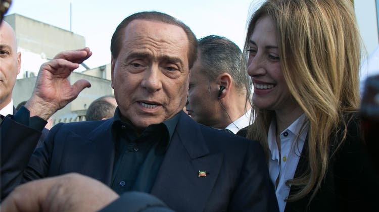 Er ist wieder da: 82-jähriger Silvio Berlusconi kündigt Comeback an