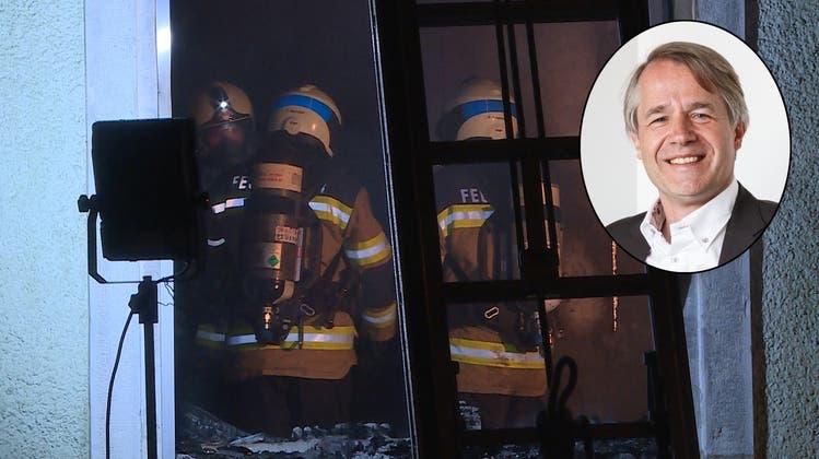 Nach Brand-Tragödie: Psychiater sagt, wie Opfer und Helfer am besten mit einem Unglück umgehen