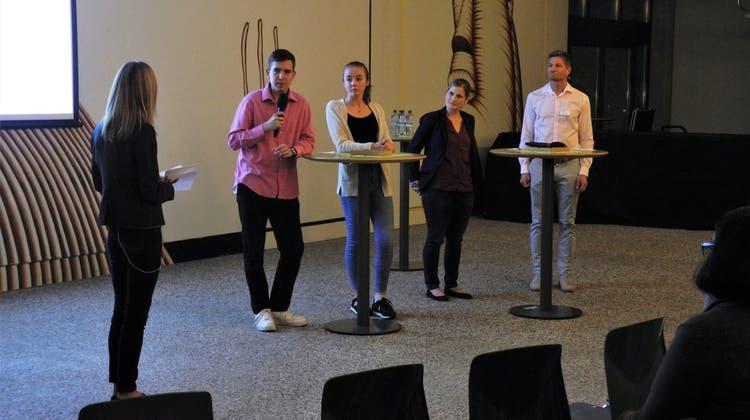 Am Infoabend «Gymi oder Lehre» wurden Fragen zum Thema Berufswahl geklärt