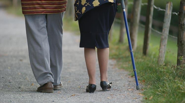 Zwar kein Corona, aber durchs ständige Daheimbleiben drohen Senioren andere Leiden