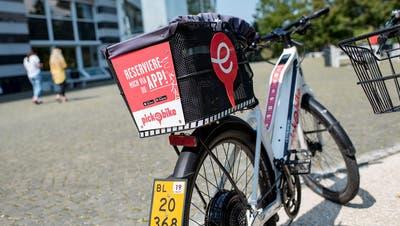 Der Spass hat Grenzen: Nicht in allen Basler Vorortsgemeinden darf man Leih-E-Bikes abstellen