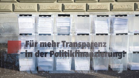 Parlament befasst sich mit Gegenvorschlag zur Transparenzinitiative