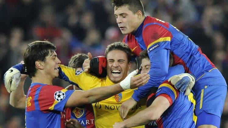 Gänsehaut trotz Corona: Steini haut den Ball an die Latte, ganz Basel ist in Extase und Man United weint