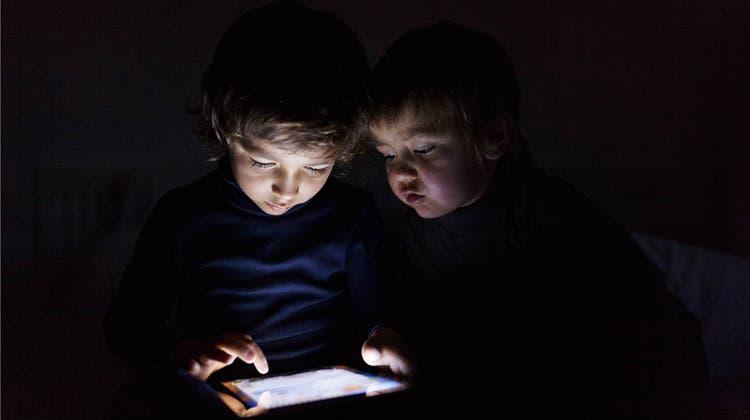 Schädlich für die Netzhaut: Forscher warnen vor kaltem LED-Licht
