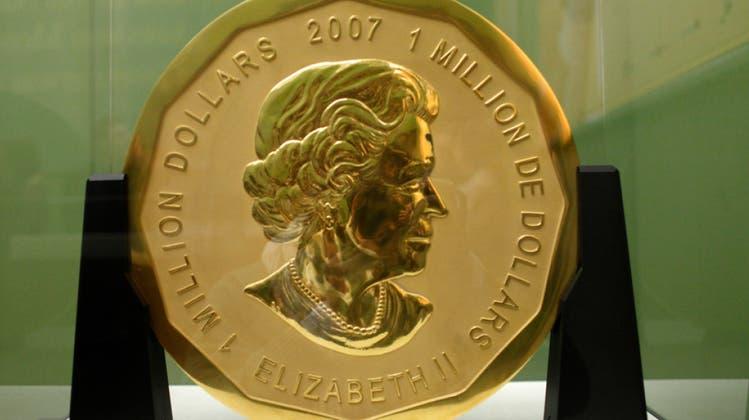 Gestohlene Riesen-Goldmünze: Vier Angeklagte schweigen vor Gericht beharrlich