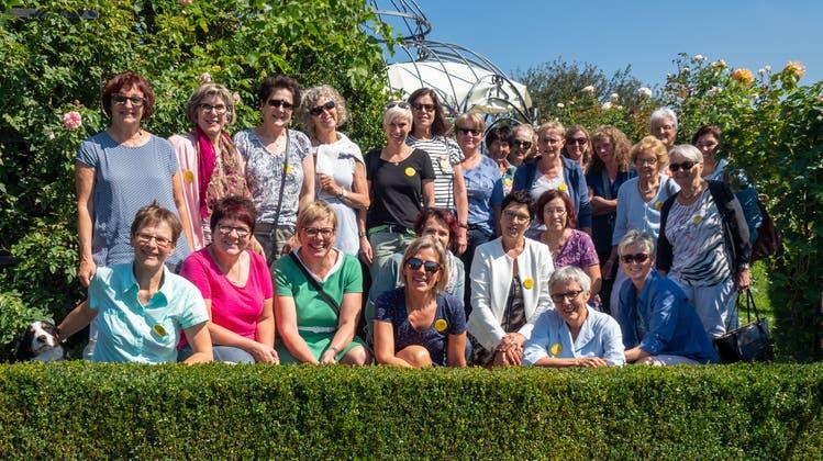 Frauenverein besucht Kerzenfabrik und Vogelwarte