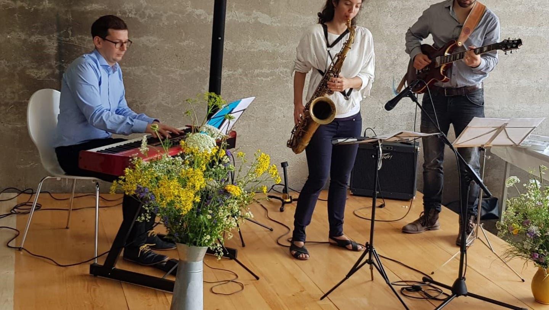 """Sommerlicher Jazz Brunch auf der """"Neuen Zelg"""""""