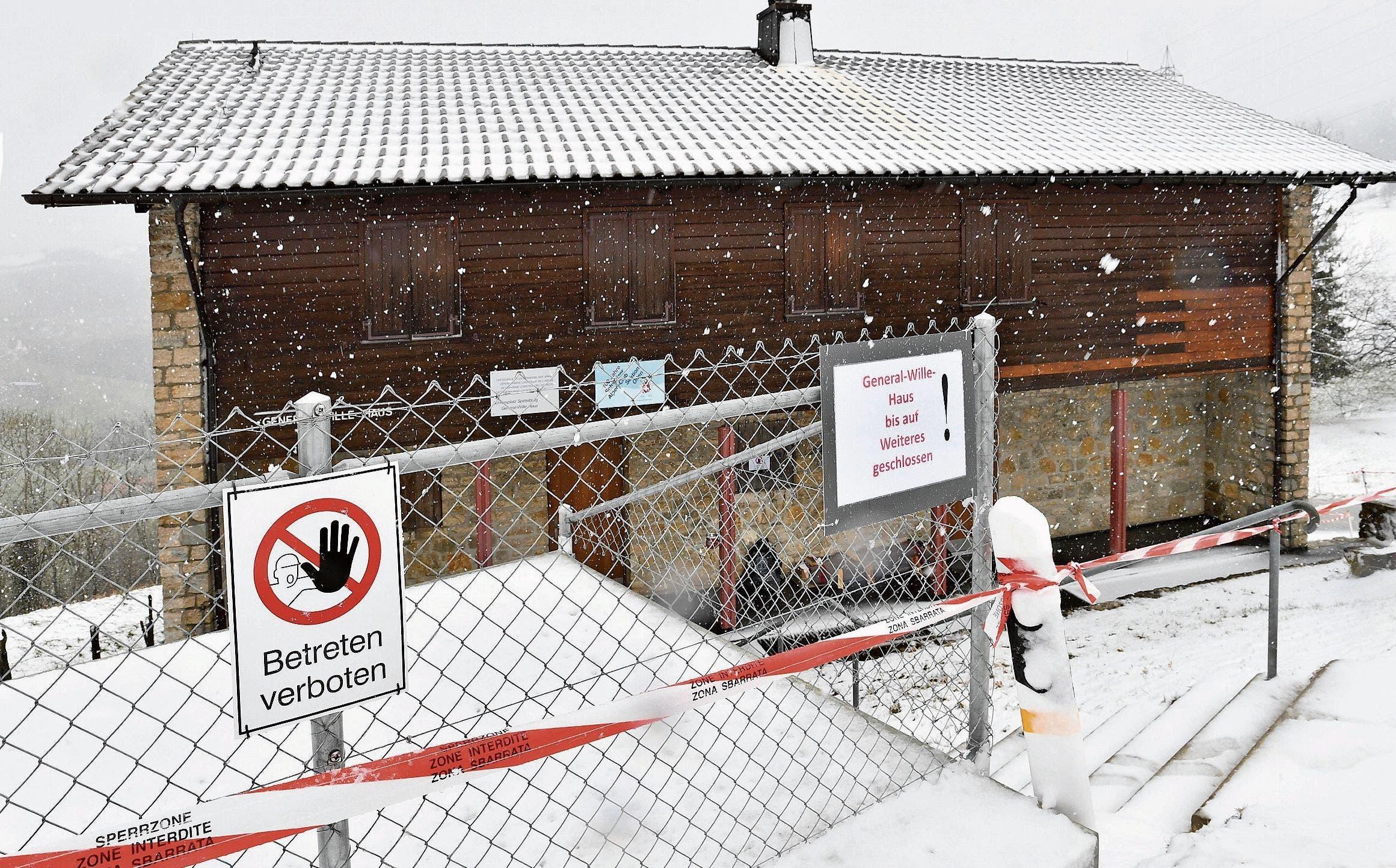 2.März: Nachdem ein Corona-Fall auf dem Waffenplatz in Wangen an der Aare auftaucht, kommen 13 Soldaten ins General-Wille-Haus in Hauenstein-Ifenthal in Quarantäne.