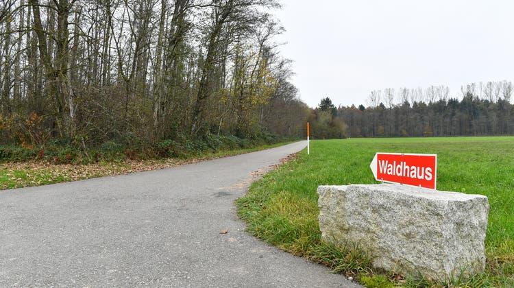 Bürgergemeinde will einen Feldweg noch nicht zurückbauen – trotz Urteil des Verwaltungsgerichts