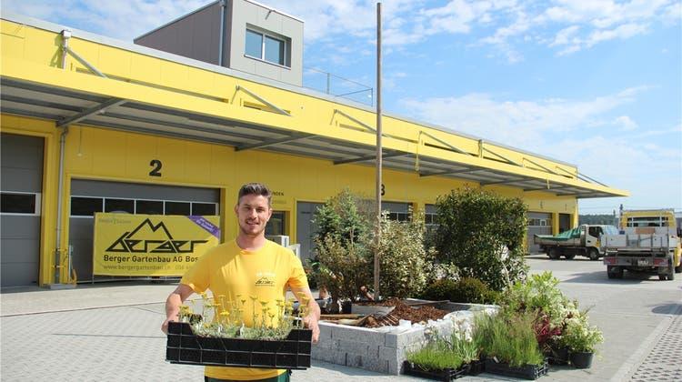 Schaufel, Karrette und ein VW-Bus: die Berger Gartenbau AG feiert ihren 50. Geburtstag