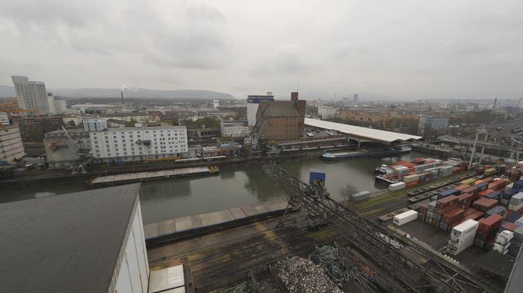 Hängepartie Hafenplanung: Unsicherheiten zwischen Rhenus und Bauinspektorat