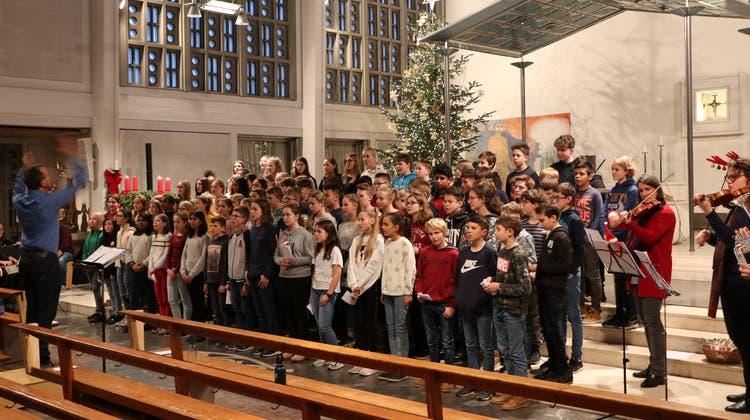 Stimmungsvolle Weihnachtsfeier der Kantonschule Olten