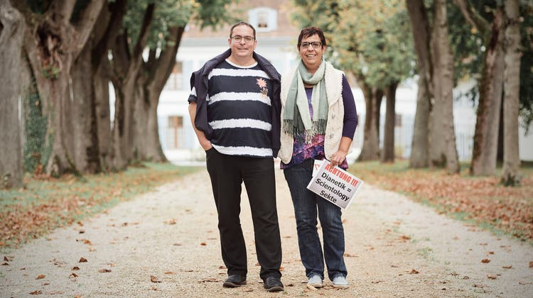 Die Sektenjäger: Dieses Paar macht Scientology einen Strich durch die Rechnung