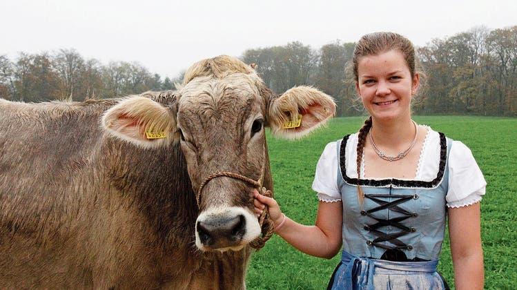 «Kühe sind mein Leben»: Diese Aargauerin will Braunviehkönigin werden
