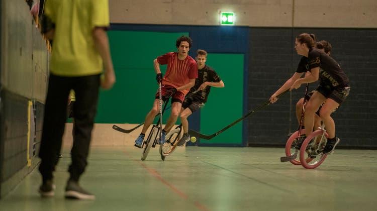 Einradhockeyspieler vom Sportclub Dreitannen setzen Serie auch in der neuen Saison fort