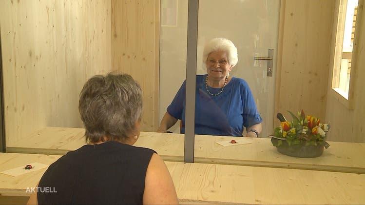 Nah trotz Corona: Bettlacher Alterszentrum bietet eine Besucherbox an