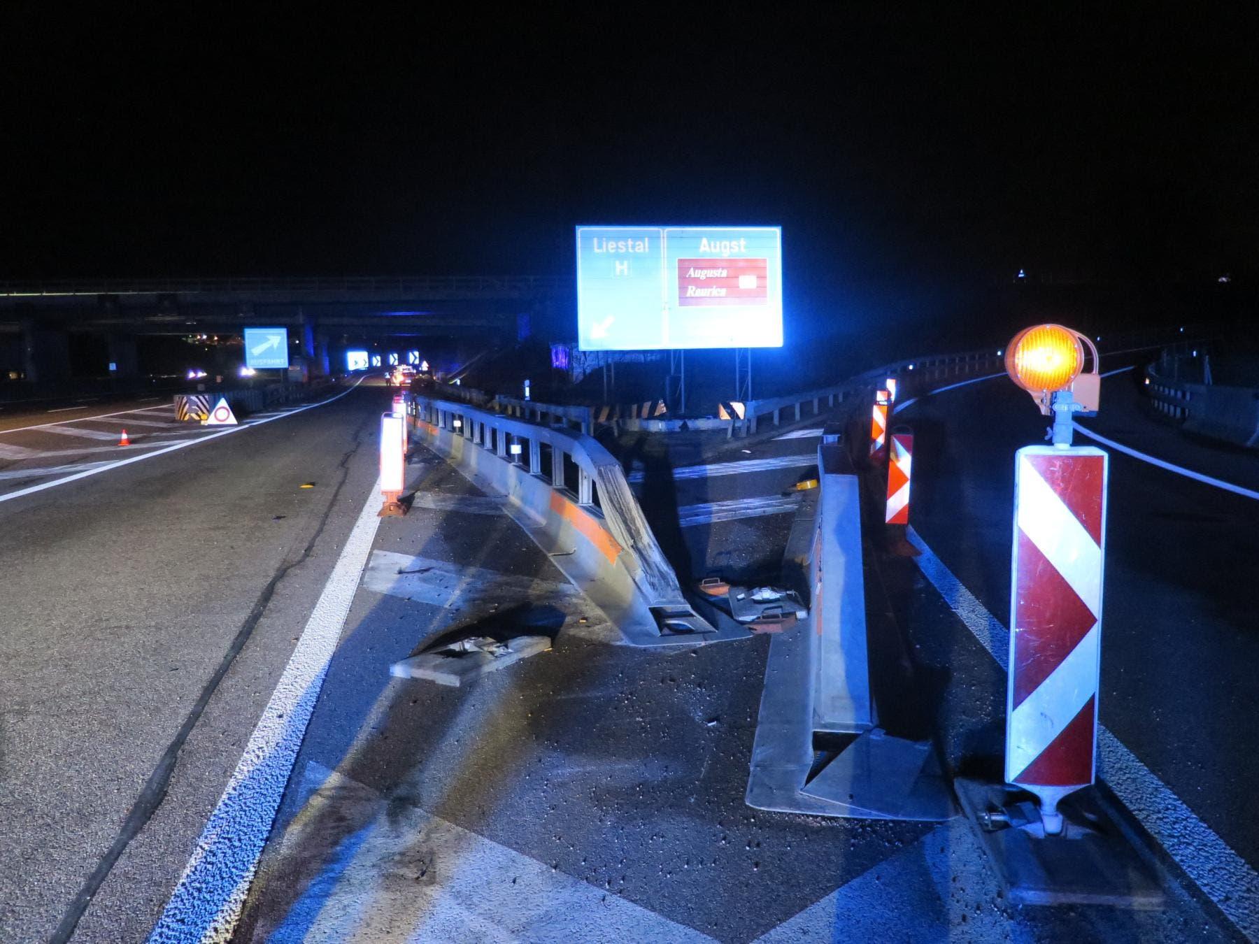 Der unfallverursachende Fahrer wurde beim Unfall verletzt.