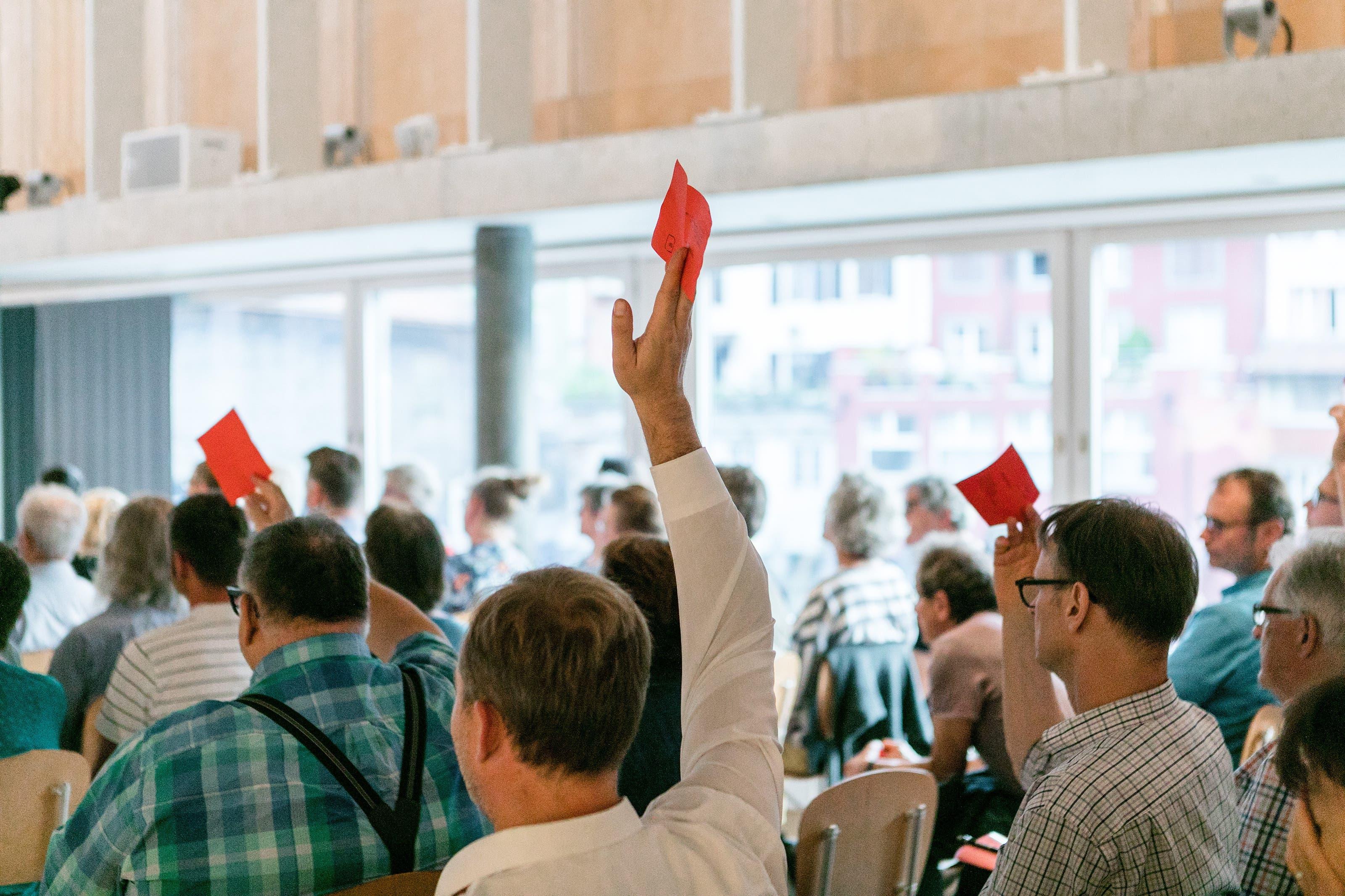 Die Delegierten nominierten Feri einstimmig.