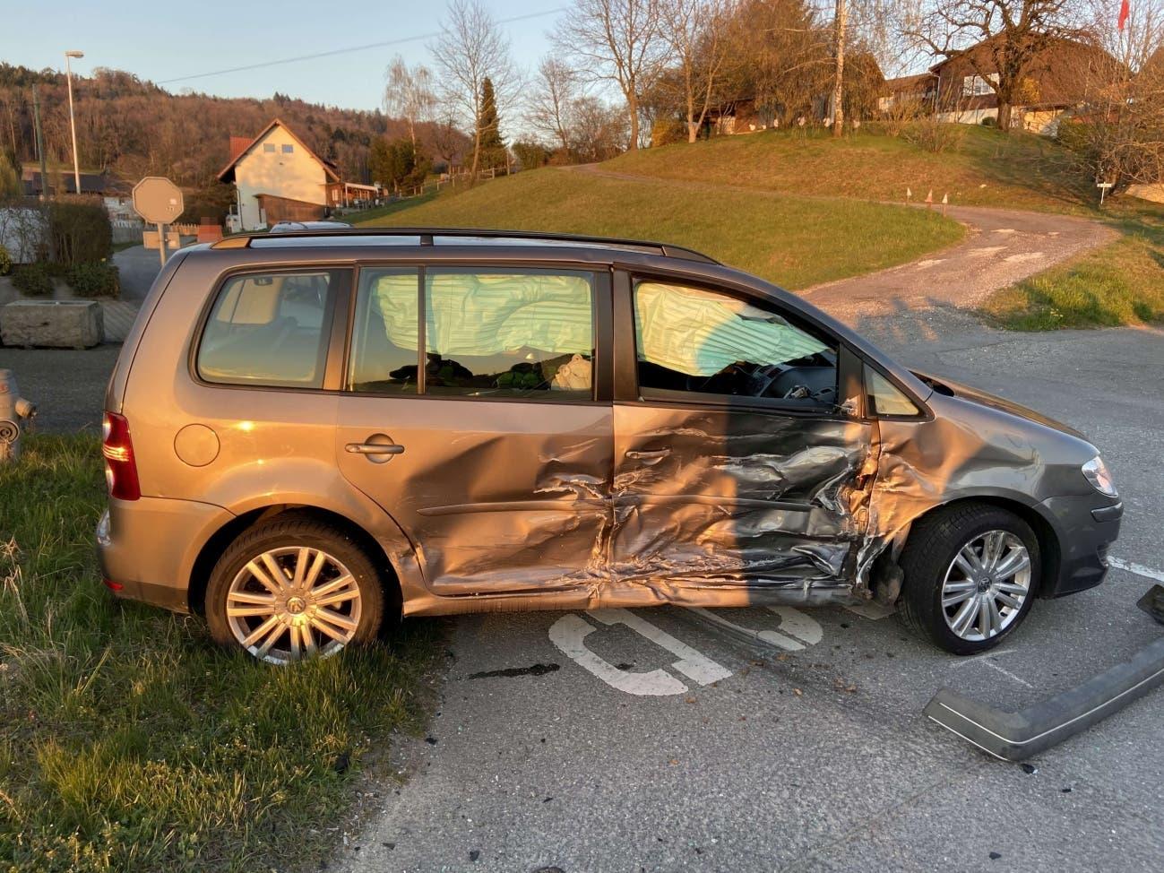Weitere Bilder des Unfalls.