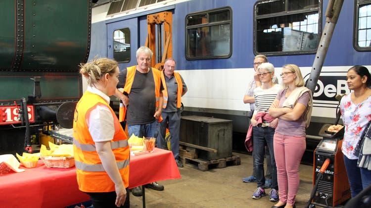 Die CVP Balsthal besucht das OeBB-Depot