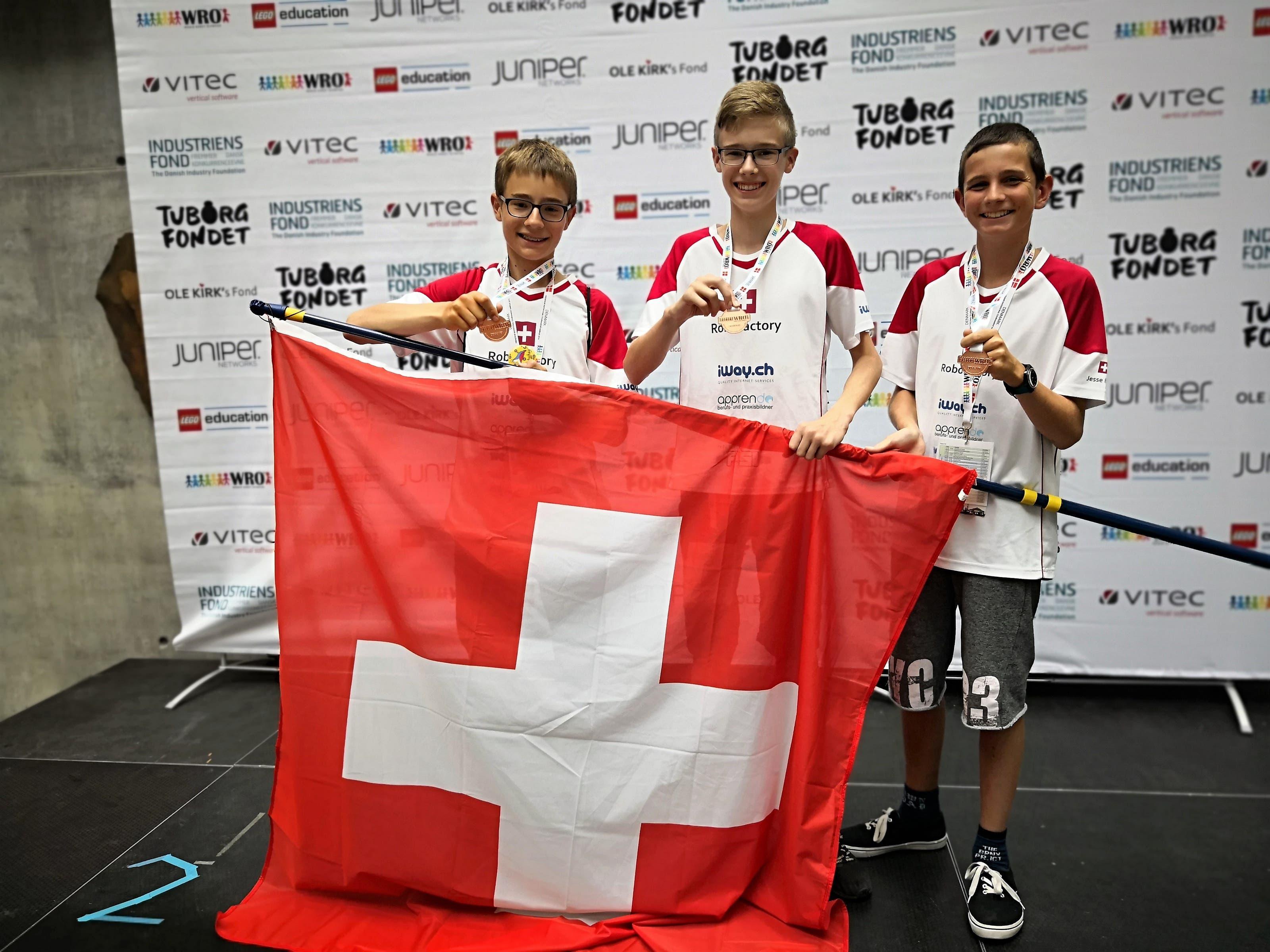 Drei Schweizer Teams nahmen am Freundschaftsturnier der World Robot Olympiad in Dänemark teil.