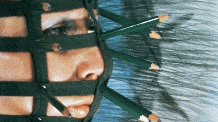Rebecca Horn im Museum Tinguely: Gefangen im Körper, befreit in der Kunst