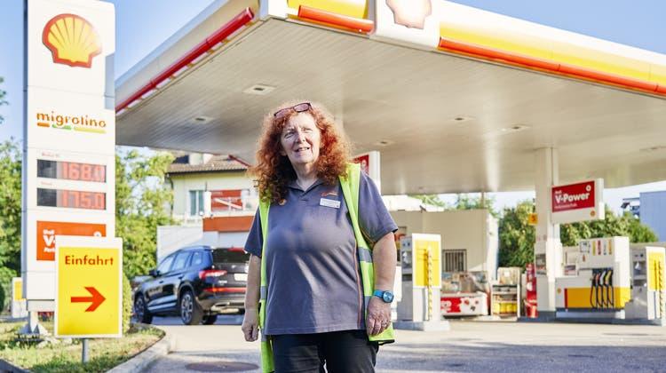 Barbara Bühlmann lebt ihren Beruf: «Als Kind habe ich bereits gesagt, dass ich einmal an einer Tankstelle arbeiten will»