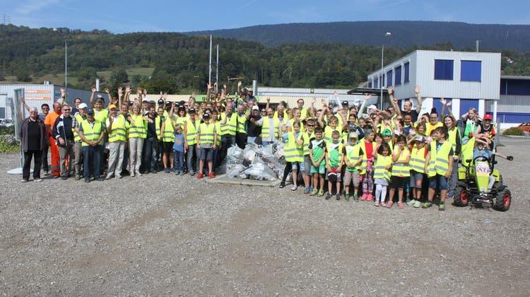 160 Freiwillige sammelten Abfall am Cleanup-Day