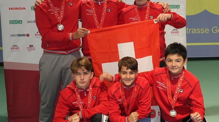 Die U-15 Junioren vom Basler Lawn Tennis Club sind Schweizer Meister 2019!