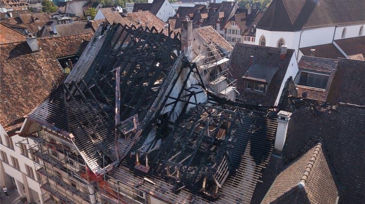 Nach Grossbrand: Es schmöckt in der Altstadt und ein Stück Himmel ist schwarz
