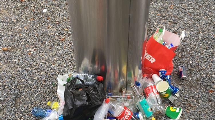 Ärger über Abfall und halbvolle Schnapsflaschen auf dem Ländli-Pausenplatz