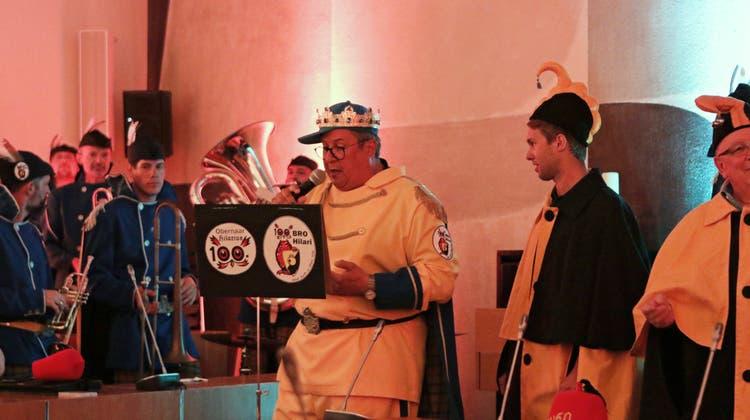FUKO-Delegierte begrüssen nächsten Obernaaren und füllen das Stadthaus-Foyer mit Guggenmusik