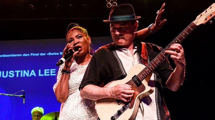 Die Liebe zum Blues verbindet sie: Nun vertritt das Musikduo die Schweiz in Memphis
