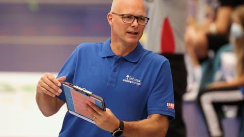 Marko Klok coachte Volley Amriswil in dieser Woche zu Siegen über Schachtjor Soligorsk aus Weissrussland und den 16-fachen belgischen Meister Maaseik. (Mario Gaccioli)