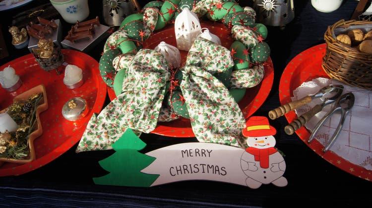 Ein Zeichen für die Nachhaltigkeit: Der Weihnachts-Flohmarkt feiert Premiere