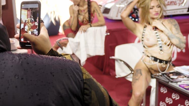 «Strippen ist wie Tiefenpsychologie»: Erotikmesse ging gesittet über die Bühne