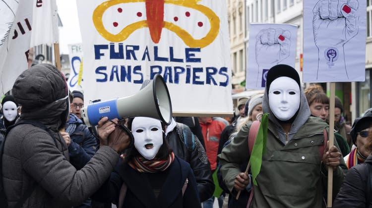 Sans-Papiers sind gefragte Arbeitskräfte – trotzdem sind sie ständig auf der Hut