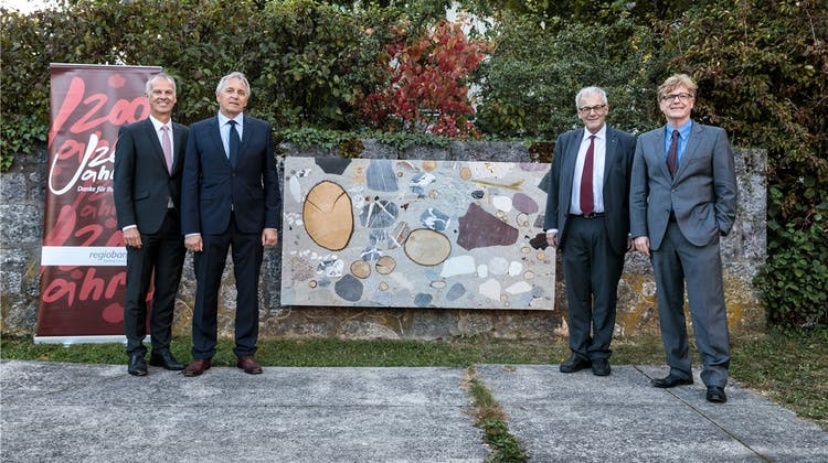 Regiobank stiftet Skulptur für den Museumspark Solothurn