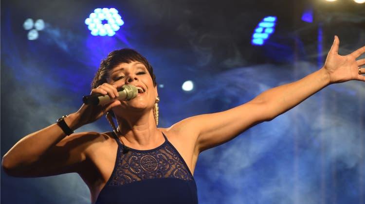 Francine Jordi hautnah: Vor dem Konzert mischte sie sich zum Znacht unter die Besucher