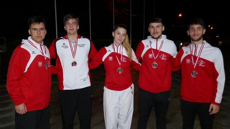 Karatekas vom Budo Sport Center Liestal überzeugen am Karate Austrian Junior Open in Salzburg